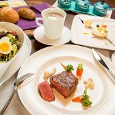 台中金典酒店12F牛排館午餐或晚餐時段精緻套餐券每人$1250(餐券售價1050現場+200即可使用)