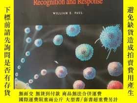 二手書博民逛書店Immunology罕見Recognition and Response(REANINGS FROM SCIENT