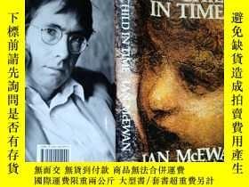 二手書博民逛書店The罕見Child in Time (by Ian McEwa