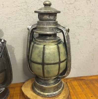 [協貿國際]   煤油燈擺件咖啡廳櫃子擺設家居裝飾品  (1入)