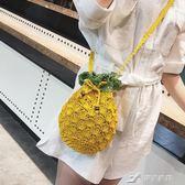 小包包女夏天潮韓版百搭斜背爆款單肩包草編織水桶包 樂芙美鞋
