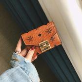 歐美小錢包女短款2018新款時尚卡包復古印花鎖扣迷你搭扣折疊錢夾 東京衣櫃