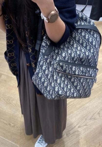 ▶2021 春夏新品■專櫃94折■Dior 米色和黑色 Dior Oblique Rider 緹花後背包