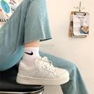 快速出貨少女心板鞋日系小白鞋2020新款百搭港風街拍學生運動鞋