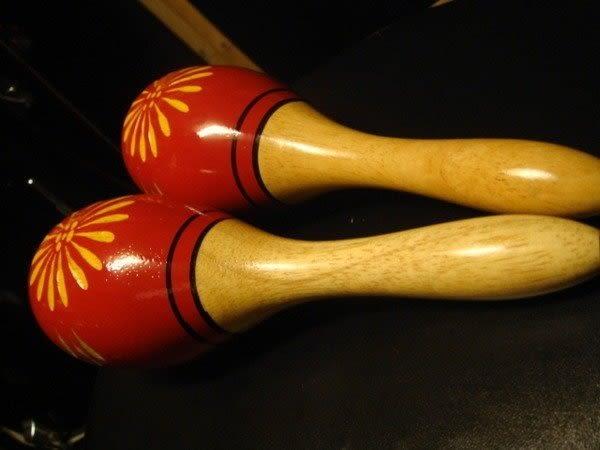 """【金聲樂器廣場】手工雕刻彩繪 木製 沙鈴 9"""" 台灣製 採高階硬木聲音清脆"""