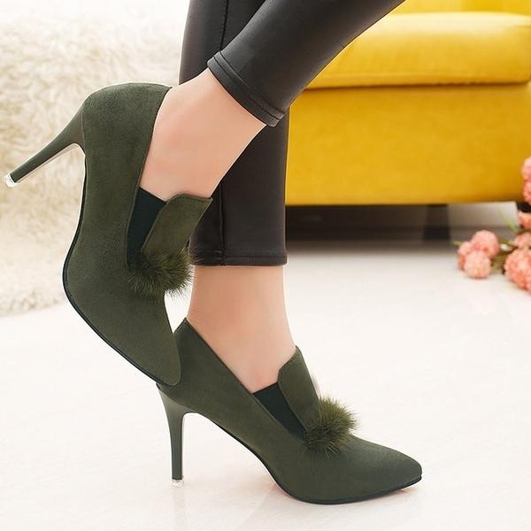 冬季新款靴子女鞋歐美細跟純色時尚橡膠尖頭女真水貂毛毛女鞋 熊熊物語