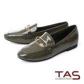 TAS一字金屬鍊飾釦漆皮樂福鞋–墨綠