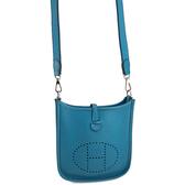 【奢華時尚】HERMES H刻印-湖水藍色牛皮斜背Mini Evelyne包(八八成新)#24050