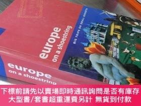 二手書博民逛書店Lonely罕見Planet:Europe on a shoestring【32開 英文原版】 孤獨的星球:歐洲旅
