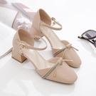 低跟鞋 包頭涼鞋大東歌夏季新款方頭一字帶高跟鞋百搭仙女風粗跟中空單鞋