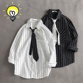 夏季潮牌洋氣七分袖襯衫男生韓版潮流很仙的上衣寬鬆條紋短袖襯衣