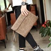 復古韓版男士手拿包 潮流手包 休閒商務文件包側背斜跨包信封包潮 黛尼時尚精品