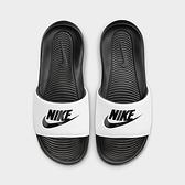 NIKE系列-VICTORI ONE SLIDR 男女款黑白色運動涼拖鞋-NO.CN9675005