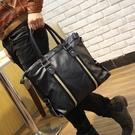 韓版休閒包側背包手提斜背包潮流商務原創設計男士皮包 黛尼時尚精品