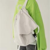 後背包 書包女個性街頭大容量水桶包帆布雙肩包背包 小天後