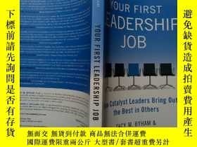二手書博民逛書店【英文原版】Your罕見First Leadership Job