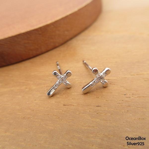 §海洋盒子§時尚迷你十字架鑲鑽針式925純銀耳環 (外鍍專櫃級正白K.貼耳耳環)