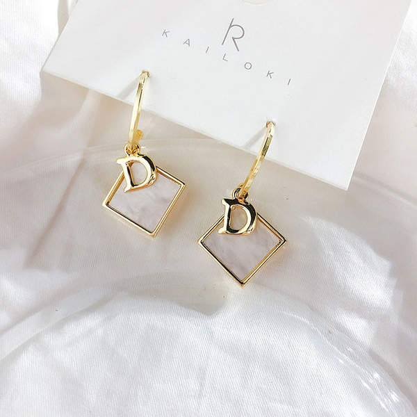 耳環 幾何 方形 貝殼 字母 兩戴 氣質 個性 耳環 耳飾 【DD1904071】 ENTER  05/09