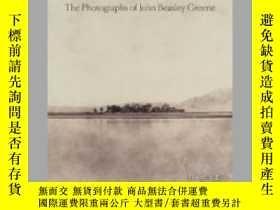 二手書博民逛書店Signs罕見and Wonders: The Photographs of John Beasley Green