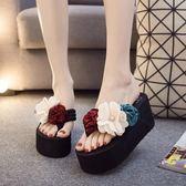 新款人字拖鞋女夏時尚外穿正韓高跟甜美花朵沙灘鞋防滑厚底涼拖推薦