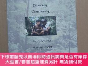 二手書博民逛書店The罕見Equitable Forest: Diversity, Community, and Resource