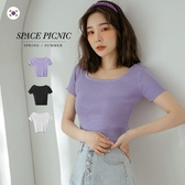 短袖 Space Picnic|正韓-素色U領坑條上衣(現+預)【K20065009】