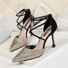 快速出貨 水晶亮片尖頭高跟鞋細跟淺口一字扣中空單鞋交叉帶女 涼鞋