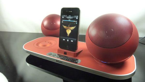 經典數位~IF設計大獎無線iPhone4S/iPod/touch4球型喇吧~昇級版支援iPad/SD卡/USB隨身碟~贈藍芽接收器~