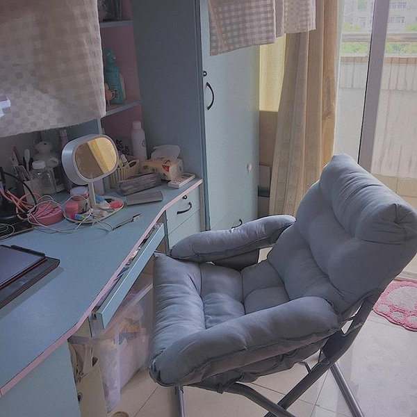 家用電腦椅子現代簡約懶人椅寢室宿舍沙發椅大學生書桌臥室靠背椅推薦