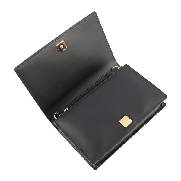【FENDI】Logo 小牛皮皮夾式鏈帶WOC包(黑色) 8BS006 AAYZ F0KUR