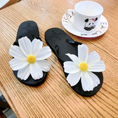夏季新款甜美平底女涼拖鞋時尚人字拖可愛夾拖韓版花朵沙灘涼鞋潮享購