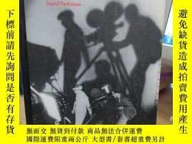 二手書博民逛書店The罕見History of Film David Parki