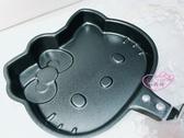 ♥小花花日本精品♥Hello Kitty粉紅 烤盤鬆餅盤煎盤兩用盤廚房大臉造型蝴蝶結日本限定 89906507