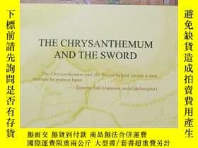 二手書博民逛書店THE罕見CHRYSANTHEMUM AND THE SWORD