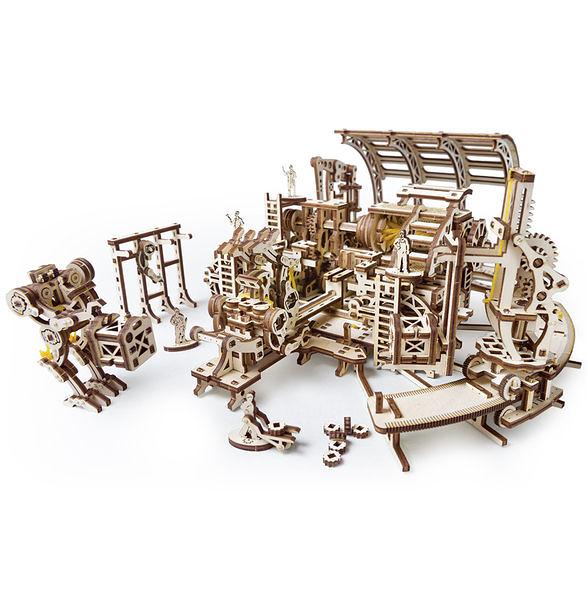 Ugears 機械小鎮-機器人工廠 Robot Factory model 來自烏克蘭.橡皮筋動力.機械驚奇 ! 科學玩具 強強滾