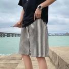 五分褲 2021夏季ins條紋5分運動短褲男韓版學生寬松休閑直筒闊腿五分褲子