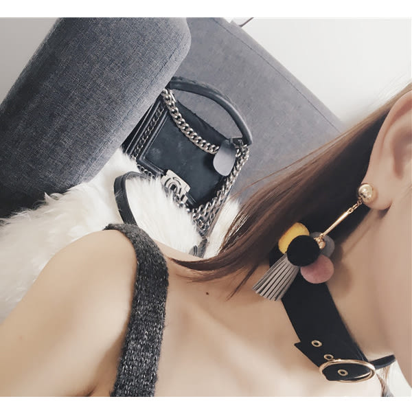 耳環 秋冬新款甜心小球百搭氣質流蘇垂墜式耳環【1DDE0210】
