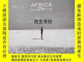 二手書博民逛書店【罕見】1994年 Africa 赫伯·里茲(Herb Ritt