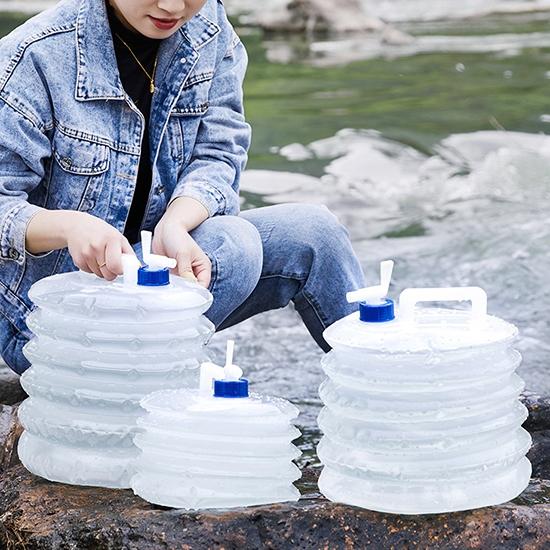 折疊水桶 摺疊水桶 儲水桶 5L 水袋 手提 伸縮水桶 蓄水箱 儲水袋 桶子 PE壓縮式水袋【J048】慢思行