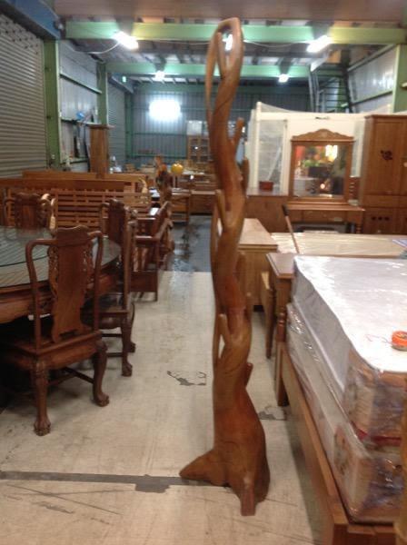 8號店鋪 柚木雕衣架 柚木擺件~全實木~~實體店面~~~