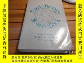 二手書博民逛書店Family罕見Therapy Sourcebook 家庭治療原