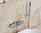 【麗室衛浴】高質感 淋浴龍頭  浴缸雙槍瀑布式出水  含蛇管、蓮蓬頭、掛杯 F-219-1