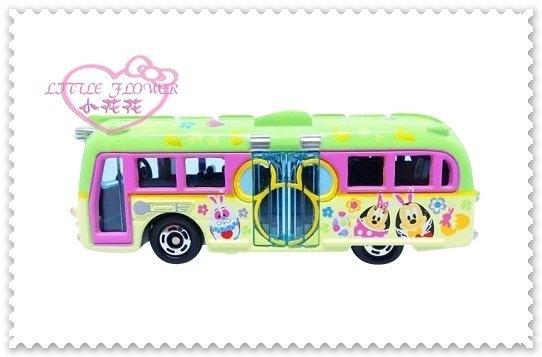 ♥小花花日本精品♥Hello Kitty Tomica-2017迪士尼復活節 園區專車 模型汽車 96505809