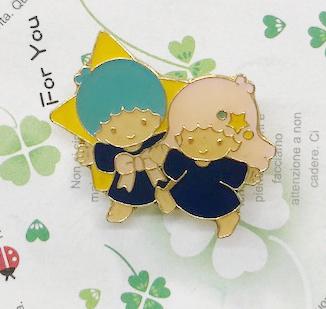 【震撼精品百貨】Little Twin Stars KiKi&LaLa 雙子星小天使~Sanrio徽章#55019