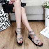 【雙11折300】涼鞋女潮流夏天鞋子女生平跟新款休閒鞋平底