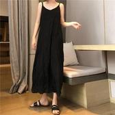 洋裝 夏季2020新款韓版過膝吊帶v領連身裙女學生寬松褶皺中長款雪紡裙