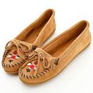 MINNETONKA 沙棕色麂皮串珠小雷鳥莫卡辛 女鞋 【現貨在台 24HR出貨】