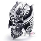 《 QBOX 》FASHION 飾品【R10021859】精緻個性進化骷髏邪神鈦鋼戒指/戒環(熱銷)