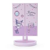 小禮堂 酷洛米 桌上型LED三面化妝鏡 補光燈化妝鏡 三折化妝鏡 三面鏡 (紫) 4550337-06427