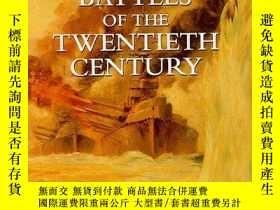 二手書博民逛書店Naval罕見Battles of the Twentieth Century (History & Politi